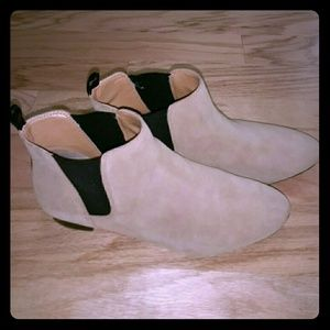 Booties, suede, very comfortable